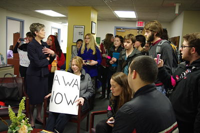 Students Confront VP Hanson on VAWA Controversy
