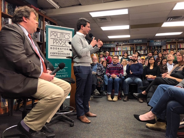 Pete+Buttigieg+addresses+the+crowd+at+Politics+and+Prose+last+Sunday+night.+